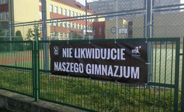 gminazja-protest