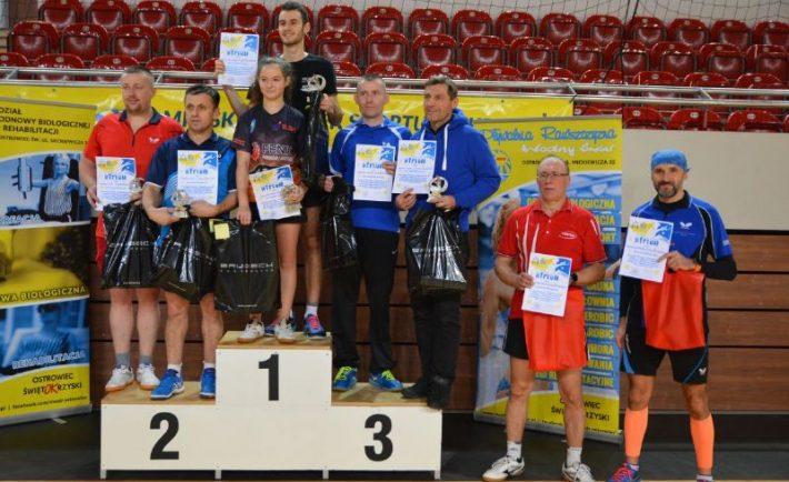 Tenis_Stolowy_Debel_podium