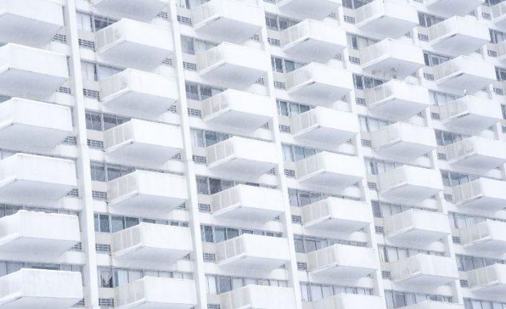 jak-oslonic-balkon